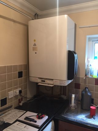 Here4Heat Worcester Bosch Chichester Combination Boiler Change Before Image